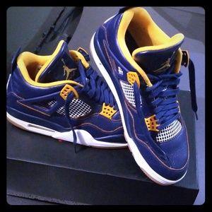 Air Jordan Retro 4's